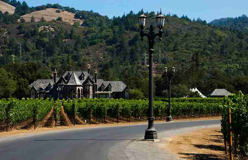 California Napa Valley Sonoma Valley Ledson Vineyards & Winery chateau in wine country CA. (Photo by: Education Images/UIG via Getty Images)