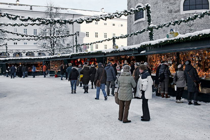 (GERMANY OUT) Christmas market in Salzburg (Photo by Mayall/ullstein bild via Getty Images)