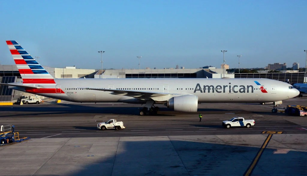 Passenger Claims American Airlines Flight Attendant Repeatedly Punched Him