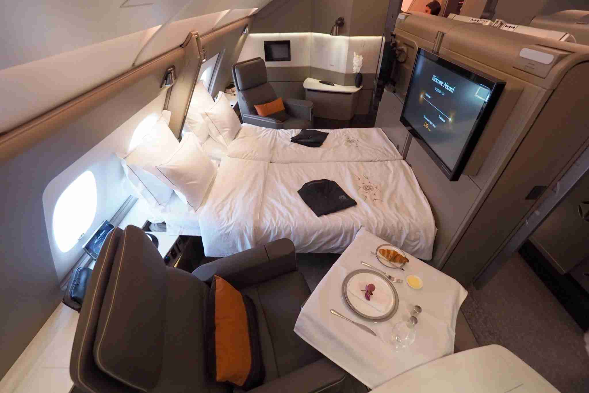 Singapore Airlines New A380 Suite Tour
