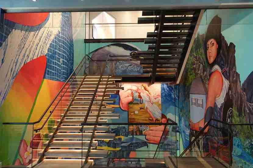 W-Bellevue-mural
