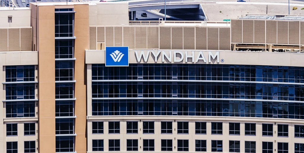 Wyndham Worldwide Acquires LaQuinta for $1.95 Billion