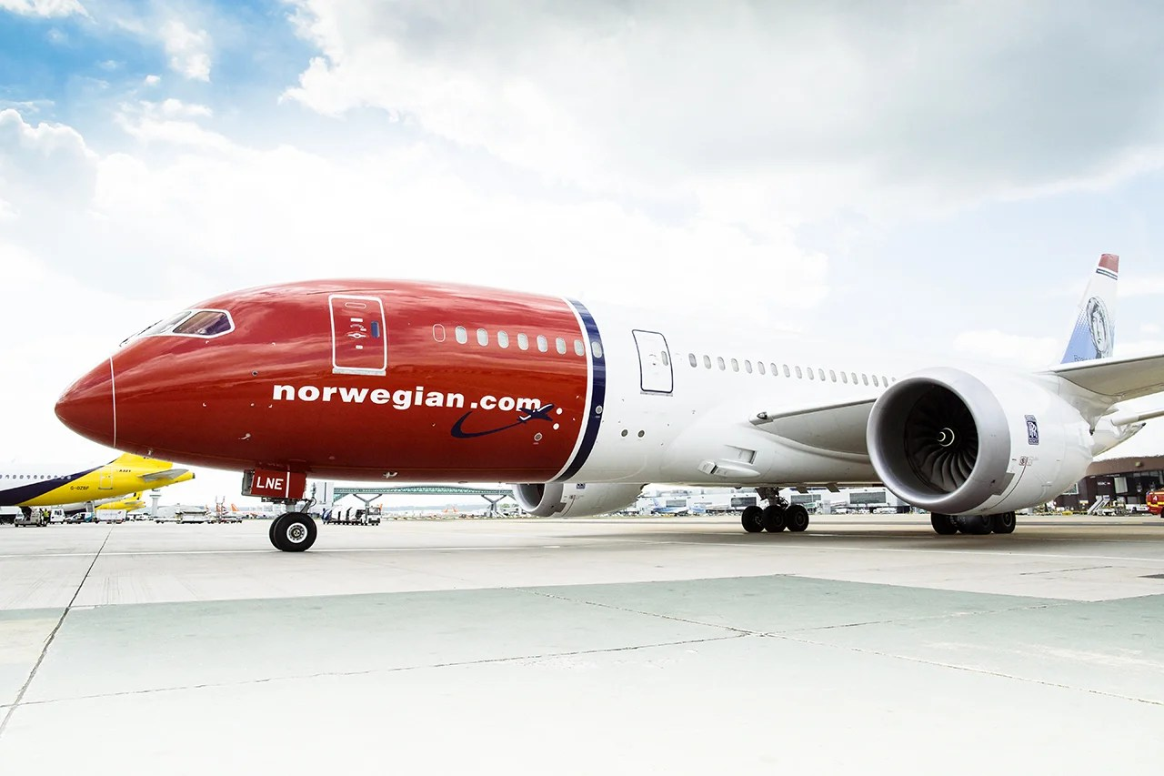 Norwegian Dreamliner Breaks JFK Speed Record
