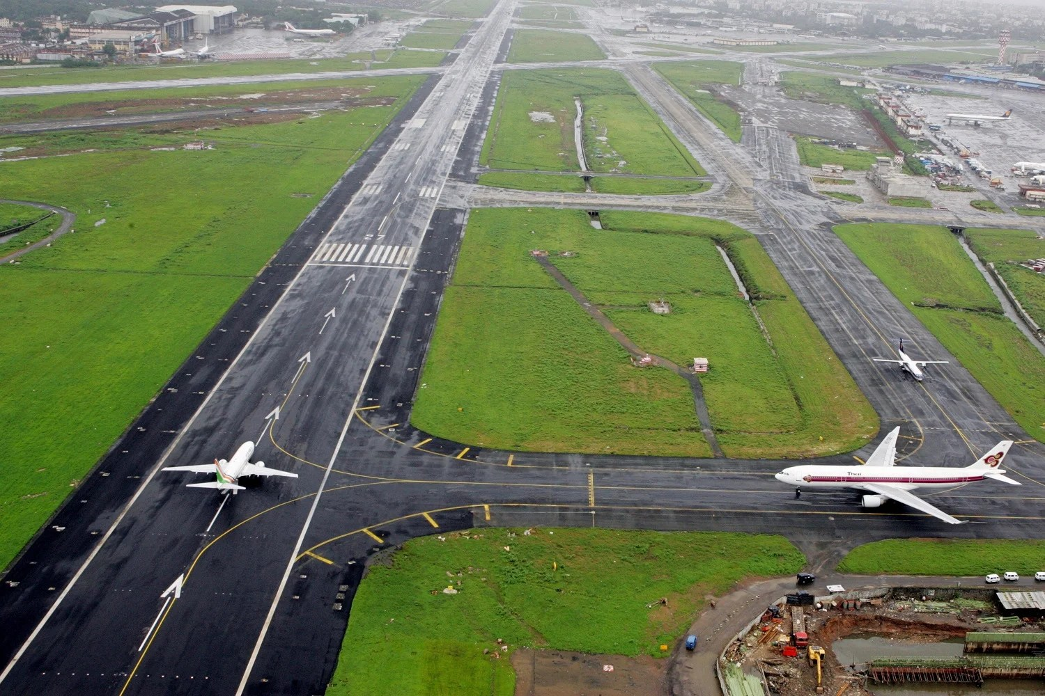 Airport Breaks Own Record For Most Flights From One Runway