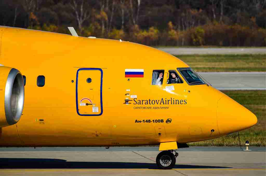 An Antonov An-148-100V plane operated by Saratov Airlines seen at Vladivostok International Airport in October 2017. Photo by Yuri Smityuk / Getty Images.