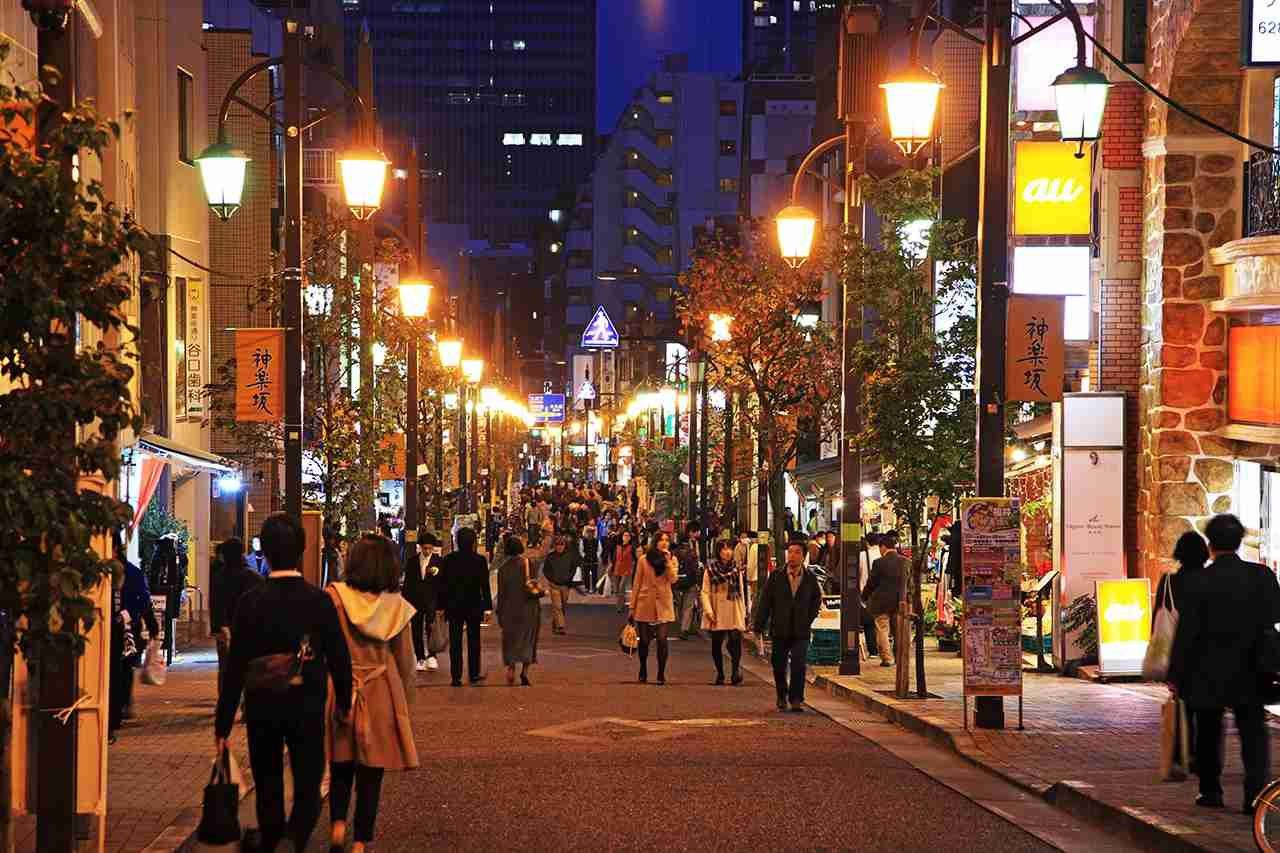 Kagurazaka. (Photo by Hiroshi Higuchi/Getty Images)