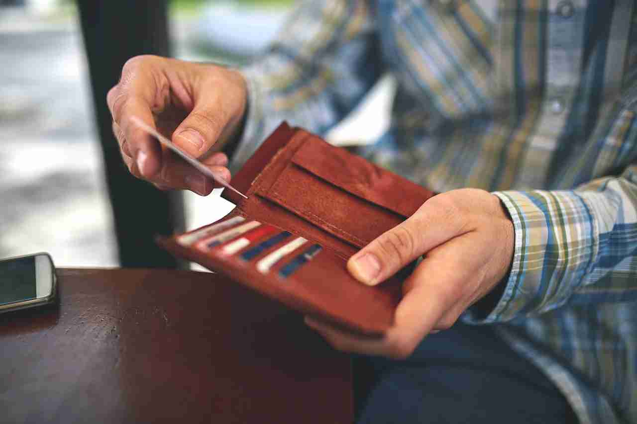 Those unused credit cards in your wallet are still useful! (Photo by mixetto/Getty Images)