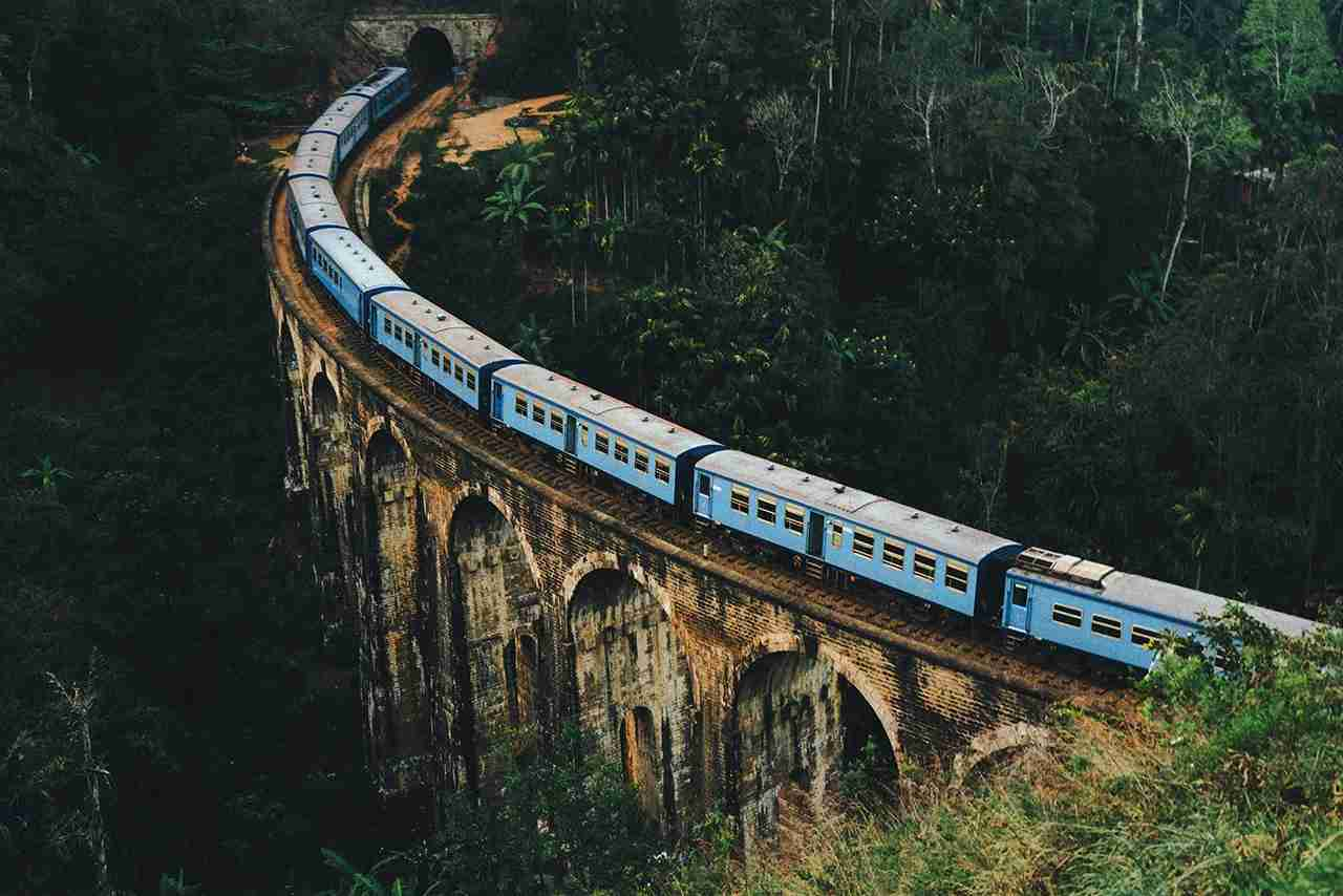 Scenic view of the Nine Arch Bridge in Sri Lanka. (Photo by Oleh_Slobodeniuk - Getty Images.)
