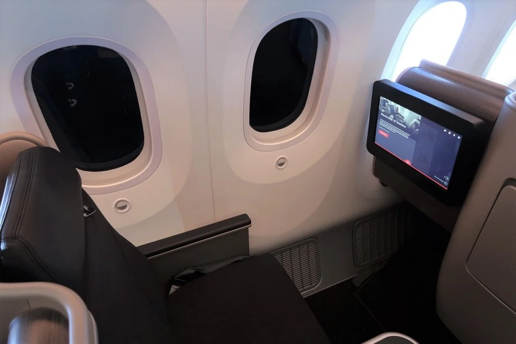 Review: Qantas (787-9) Business Class From Melbourne to Perth