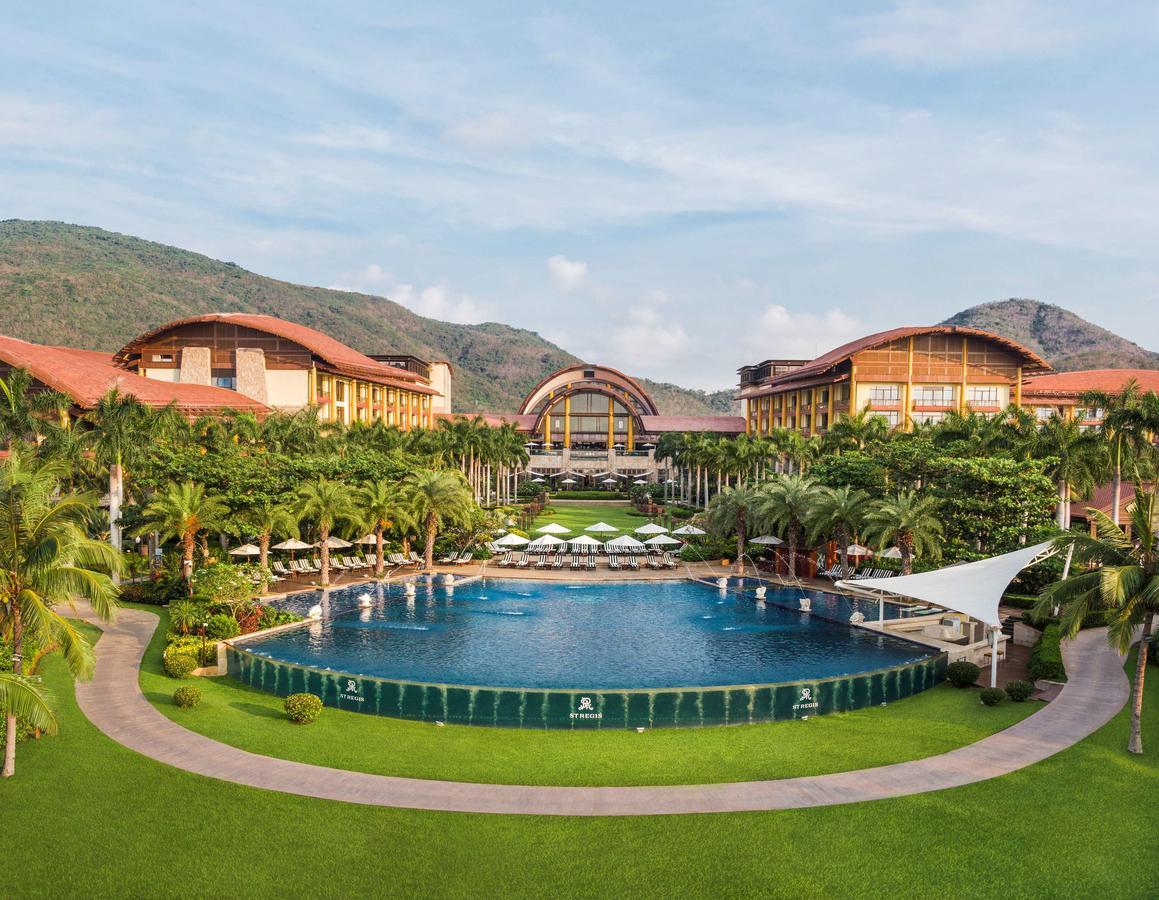 Photo courtesy of St. Regis Sanya Yalong Bay Resort