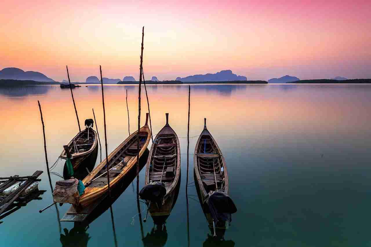 A Phuket sunset. (Photo by phutthiseth thongtae / Getty Images)