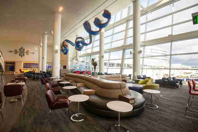 Delta Sky Club in Seattle-Tacoma International Airport (PRNewsFoto/Delta Air Lines)