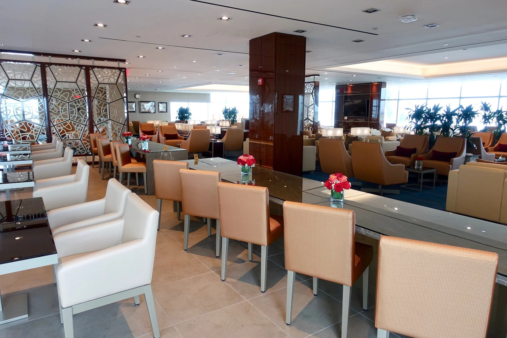 First Look: Emirates\' New Lounge at New York-JFK