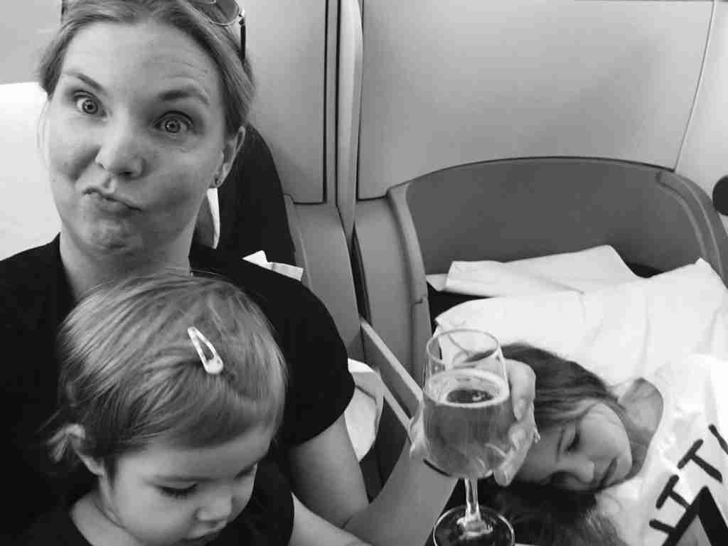 make the best of long-haul flights with kids
