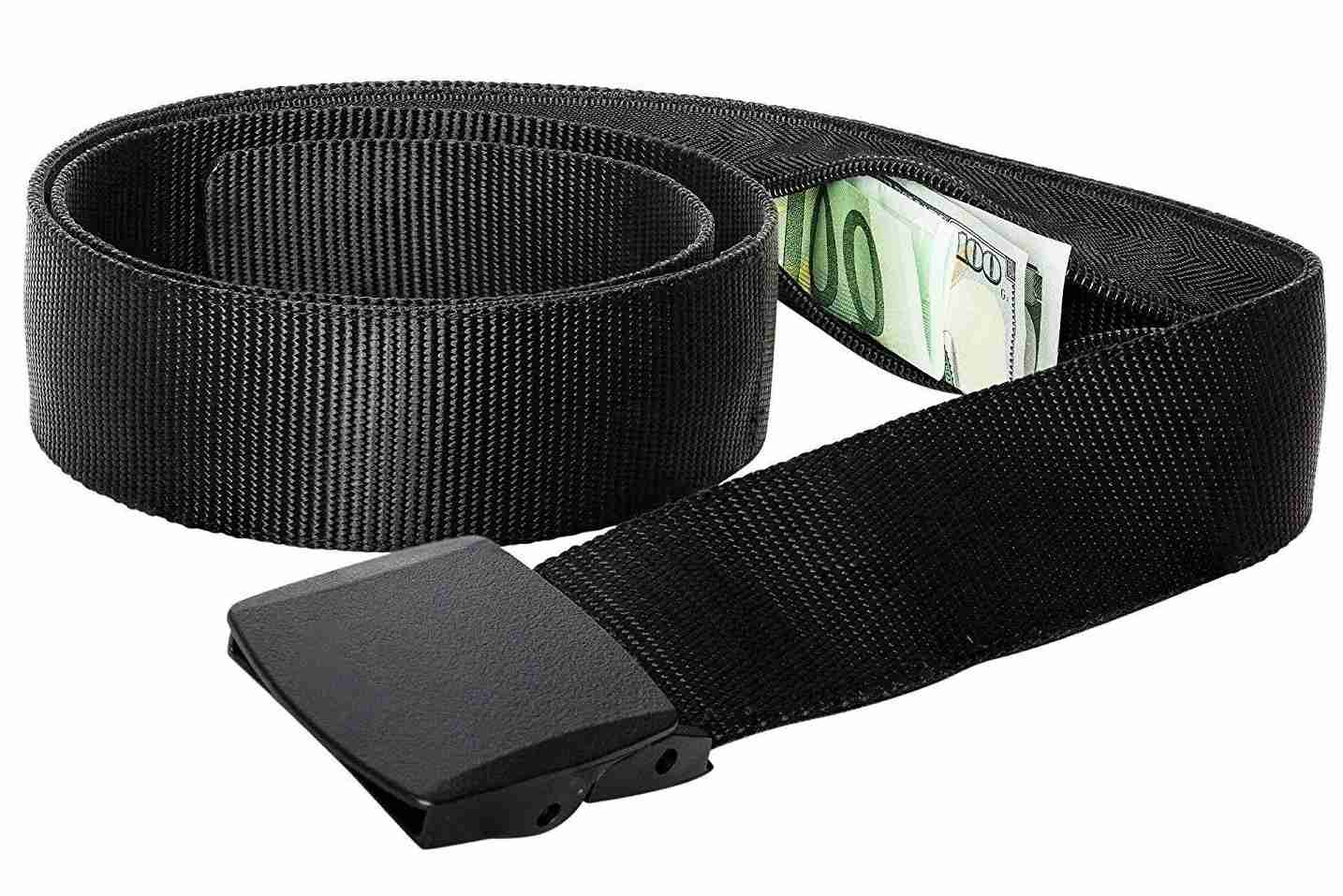 That little zipper pouch is the safest spot for your big bills. Image courtesy of Amazon.