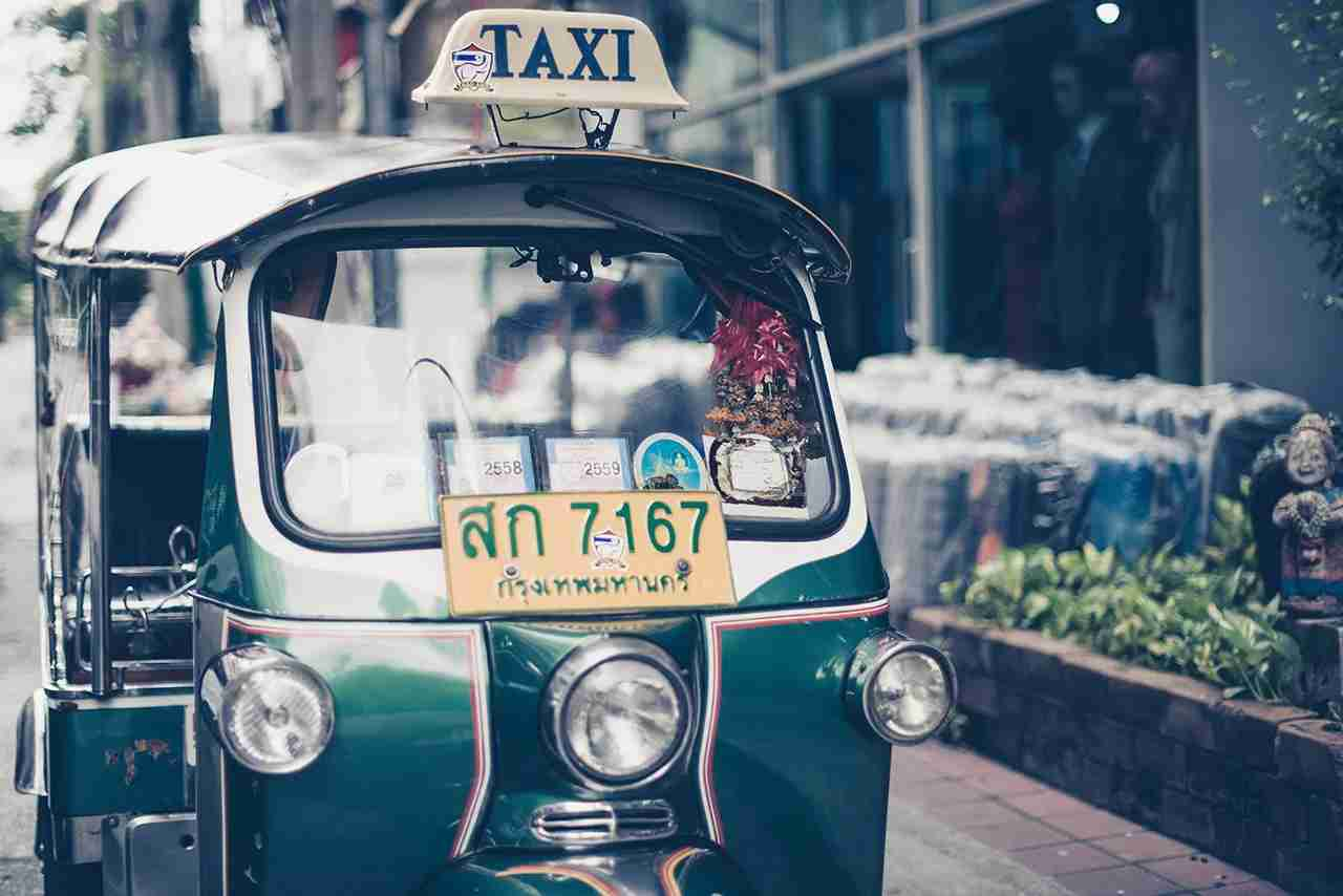 If you do take a taxi or tuk tuk, having a business card for your hotel makes things easier. (Photo by Sven Scheuermeier via Unsplash)