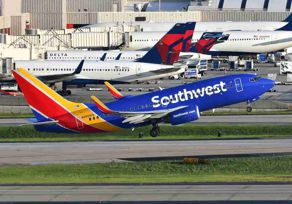 A Southwest 737-700 taking off in Atlanta (Photo by Alberto Riva / The Points Guy)