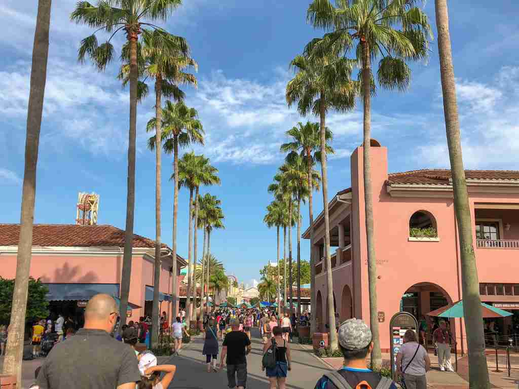 Welcome to Universal Studios, say goodbye to your money