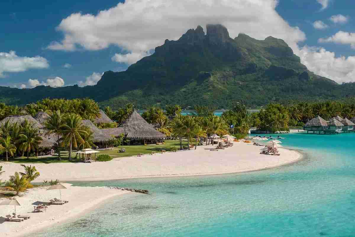 (Photo courtesy of The St. Regis Bora Bora)