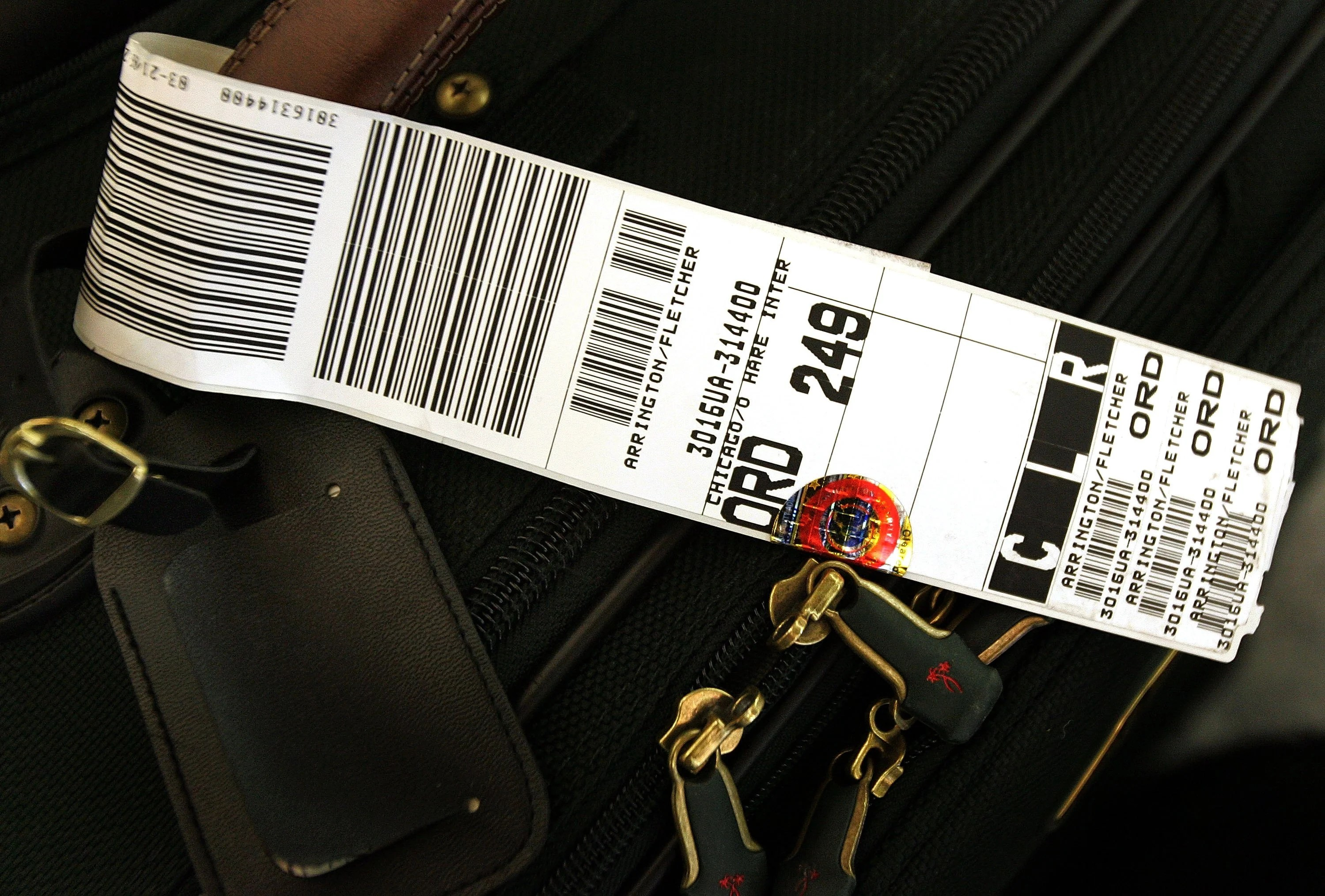 How to Avoid Checked Baggage Fees on Major Domestic Airlines