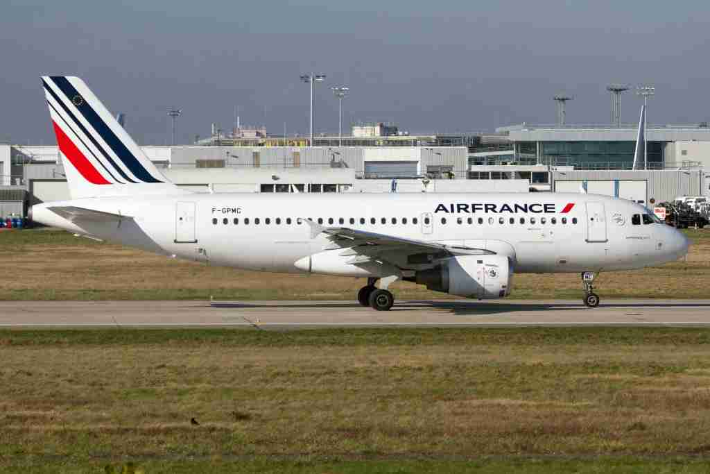 AIRPORT ORLY, PARIS, FRANCE - 2018/02/18: AirFrance Airbus 319 seen at Paris Orly airport. (Photo by Fabrizio Gandolfo/SOPA Images/LightRocket via Getty Images)