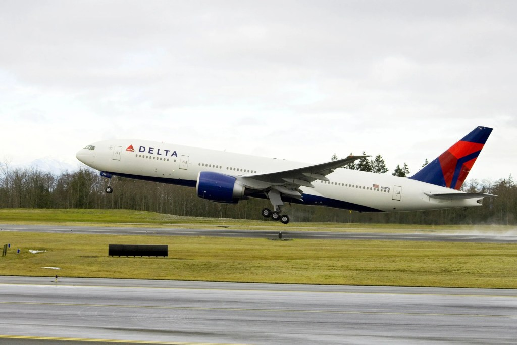 how to get a refund from delta airlines