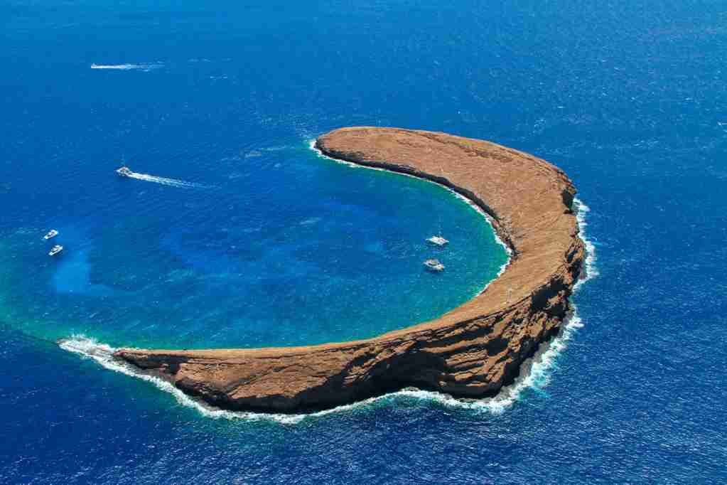 Molokini crater maui hawaiifamous snorkel and dive spot.