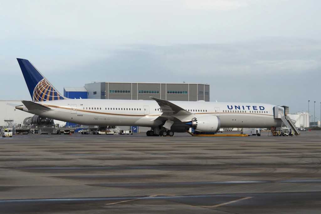 United (787-10) in Polaris Business From LAX to Newark