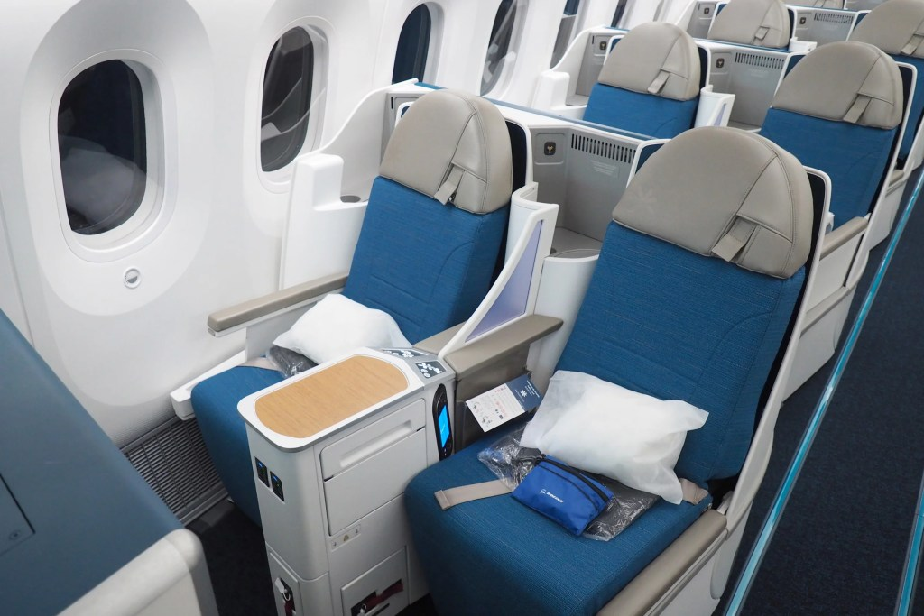 Touring Air Tahiti Nui's First 787-9 Dreamliner
