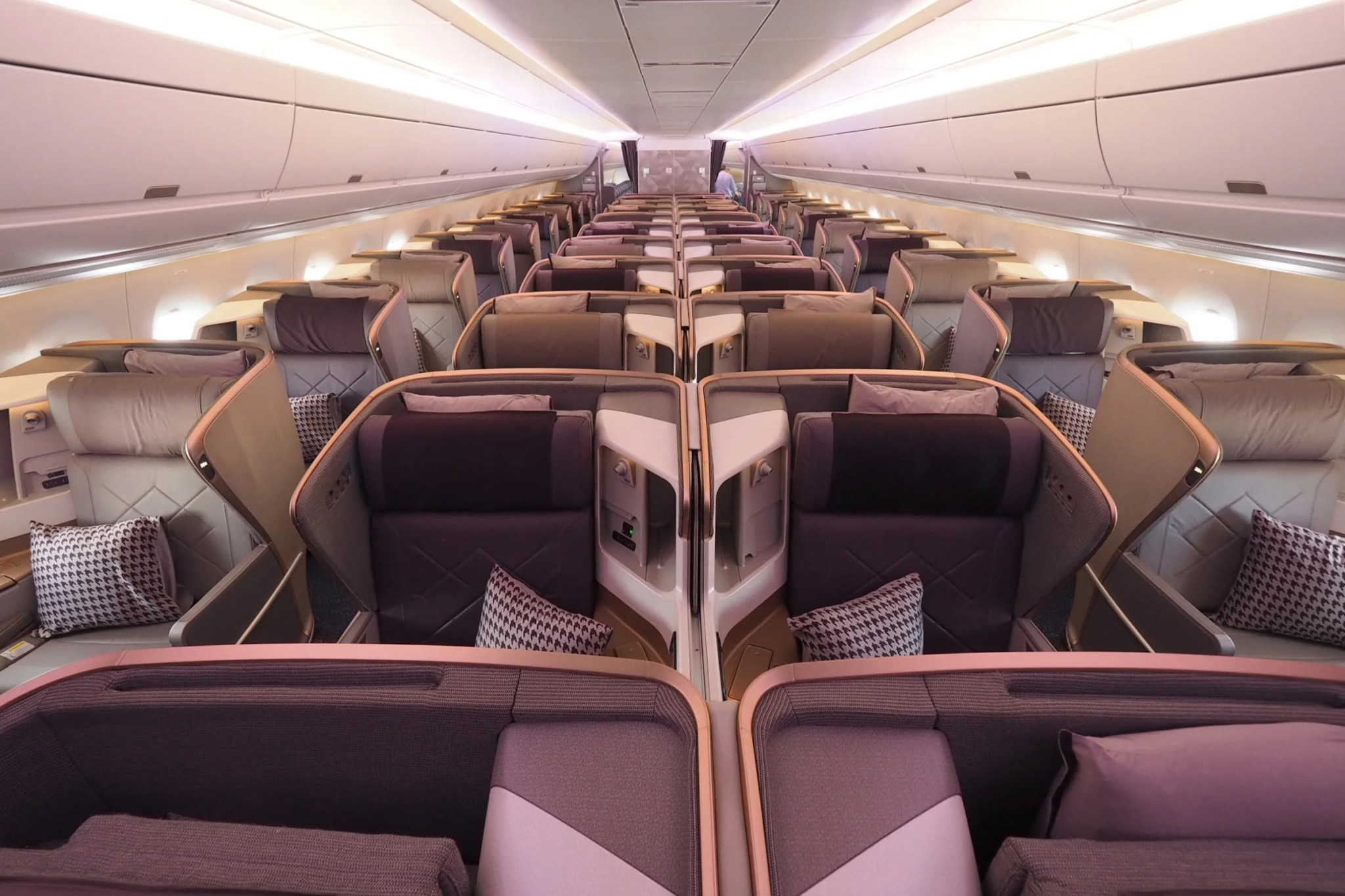 Why Some Airlines Fly the A350 Long-Haul, and Others on ...