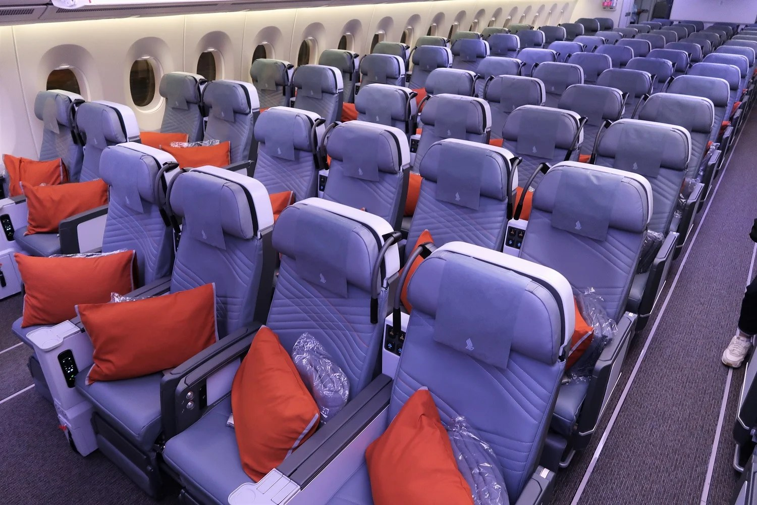 Singapore Struggling to Sell Premium Economy Seats on Ultra Long-Haul Flights