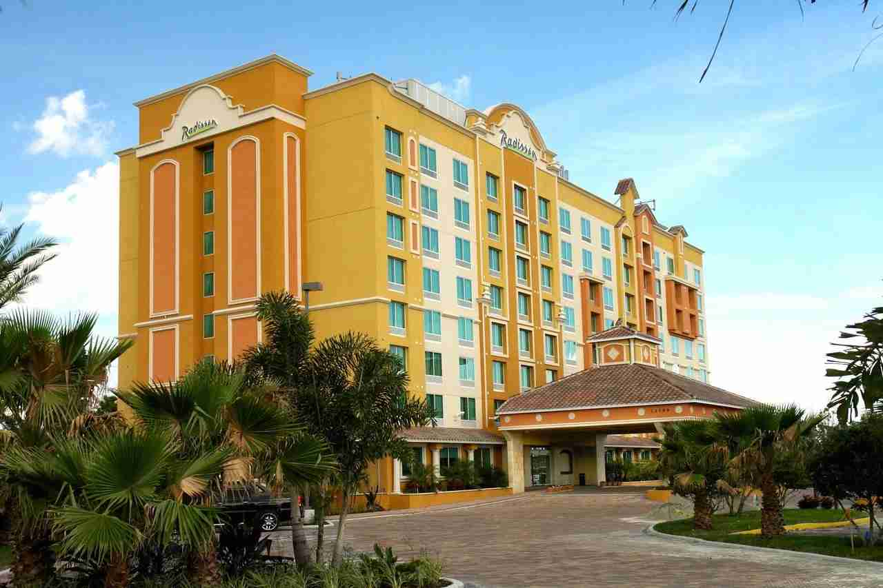 Photo courtesy of Radisson Hotel Orlando Lake Buena Vista