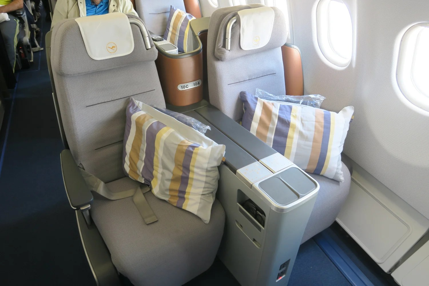 Remarkable Review Lufthansa A330 300X Business Class Fra To Atl Gmtry Best Dining Table And Chair Ideas Images Gmtryco