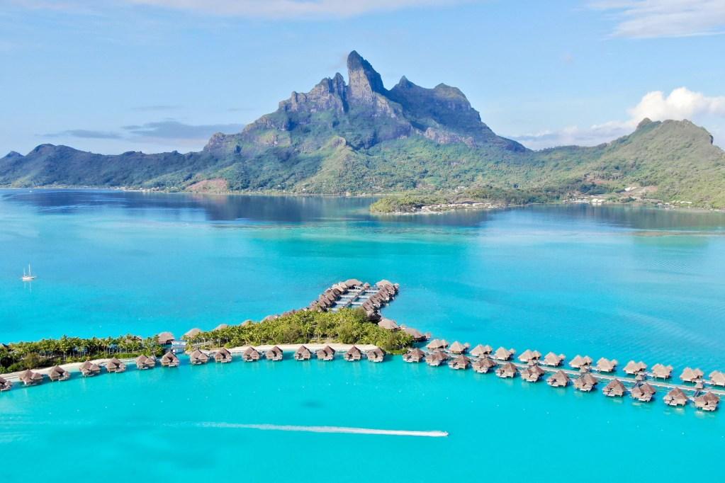 The St Regis Bora Bora Vs The St Regis Maldives