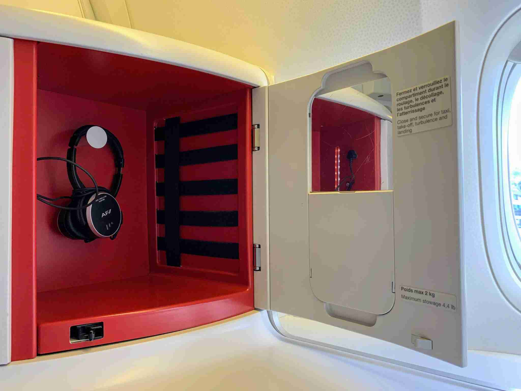 Air France Boeing 777 Business Class headphone nook