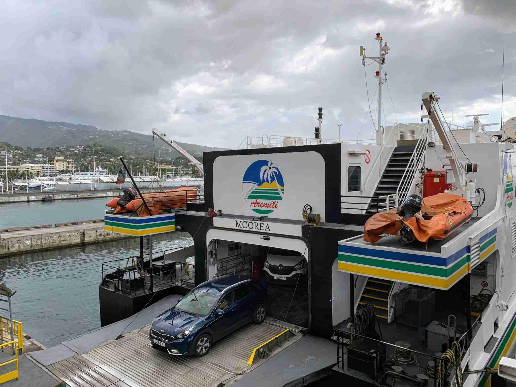 Aremiti Moorea ferry