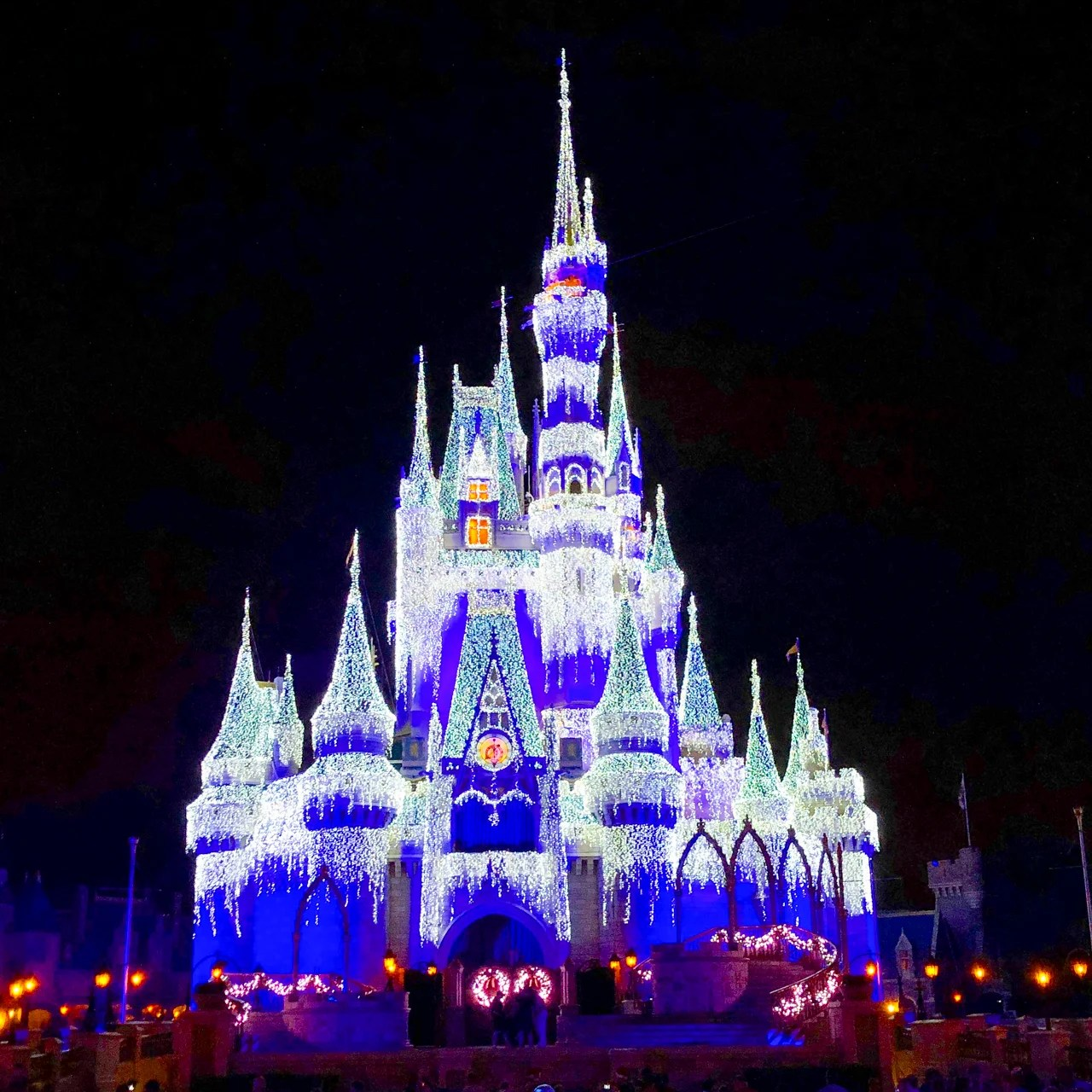 You can once again book Disney tickets with Ultimate Rewards, but you probably shouldn't