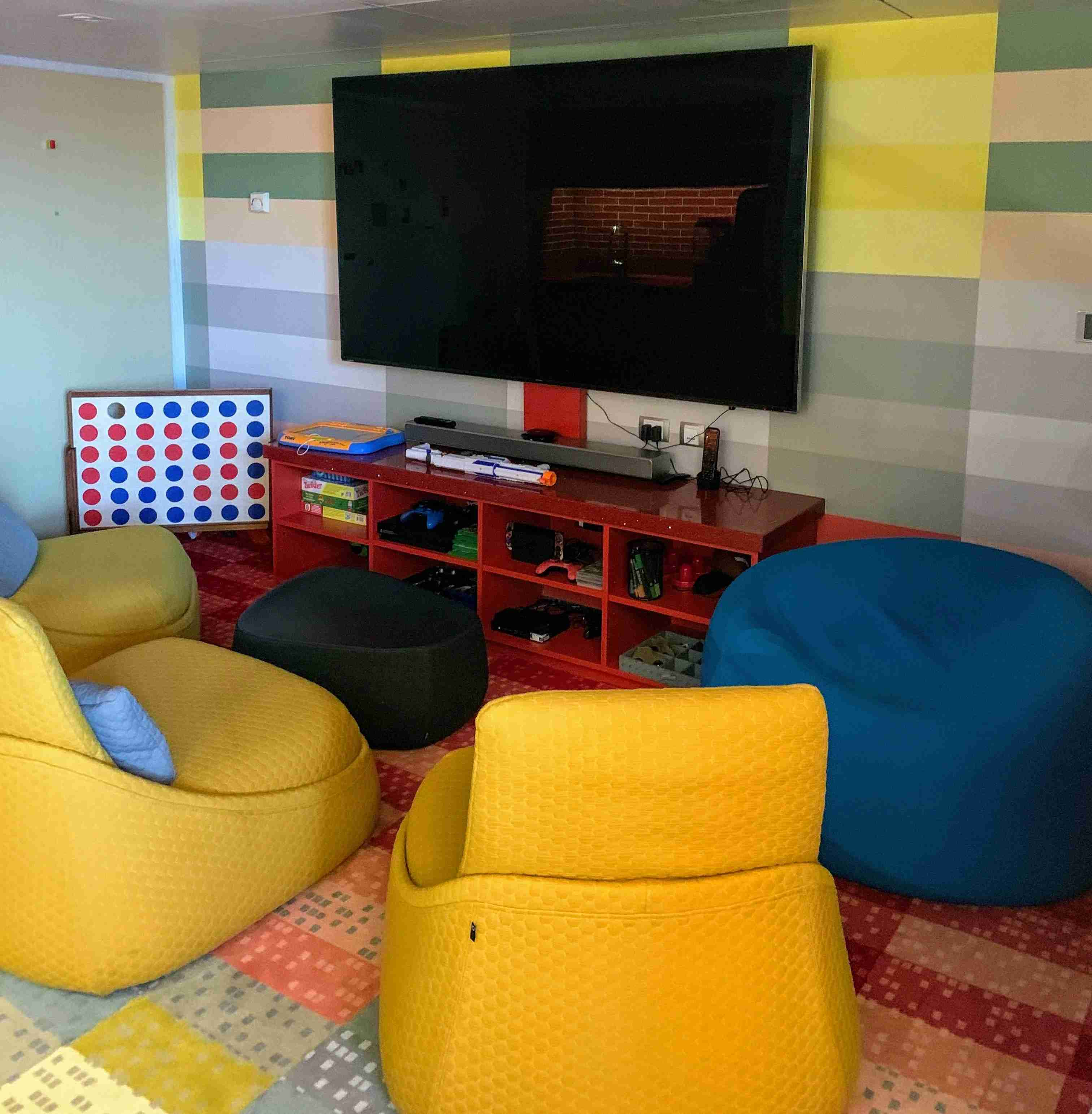 Royal Caribbean Symphony of the Seas - Ultimate Family Suite Theater Area