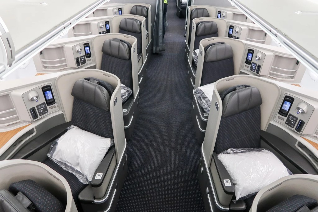 How To Fly American Airlines Flagship First Class In 2019