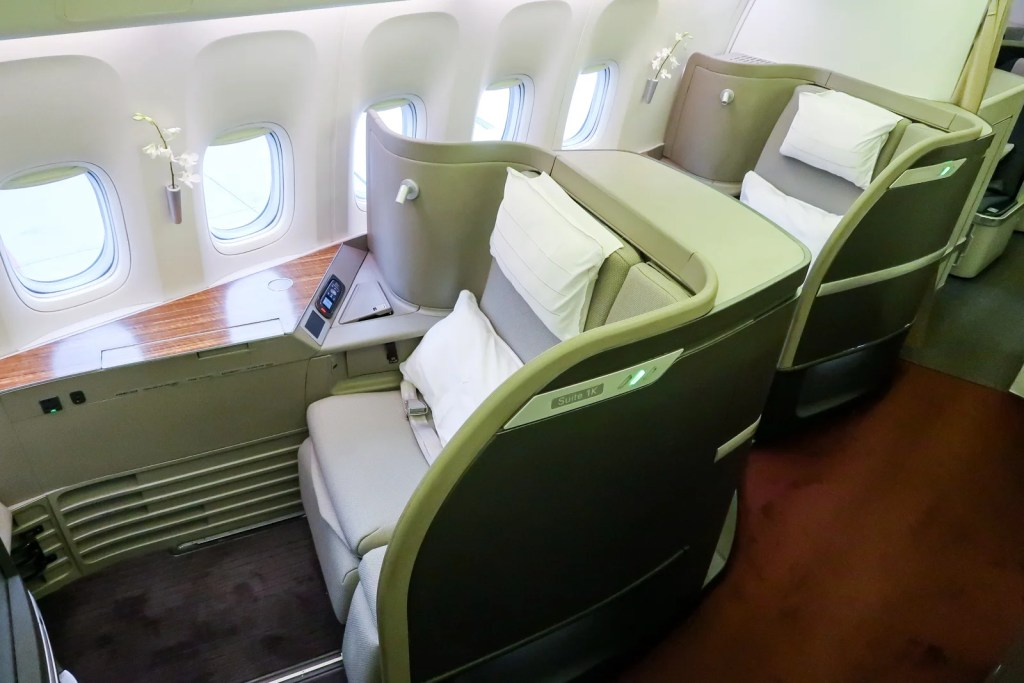 Cathay First Class on a 777-300ER. (Photo by JT Genter / The Points Guy)