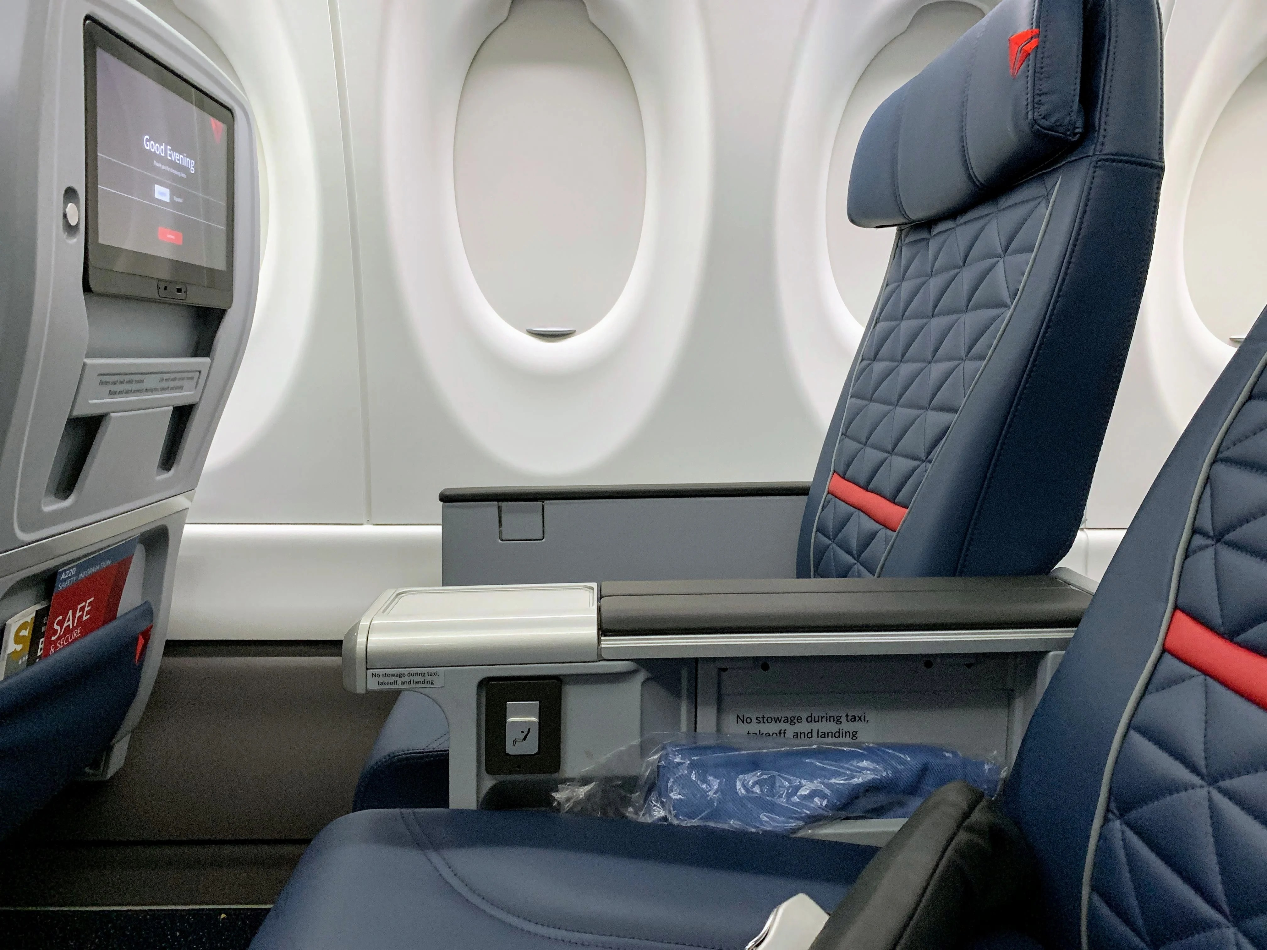 I Toured Delta's Brand New Airbus A220 — Here's What to Expect