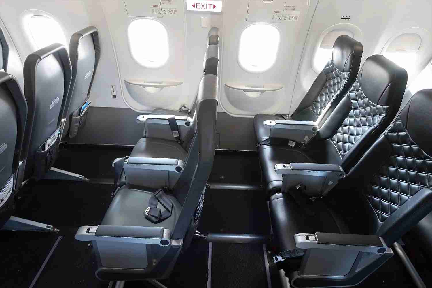 Stretch out in Frontier emergency exit row (JT Genter / The Points Guy)