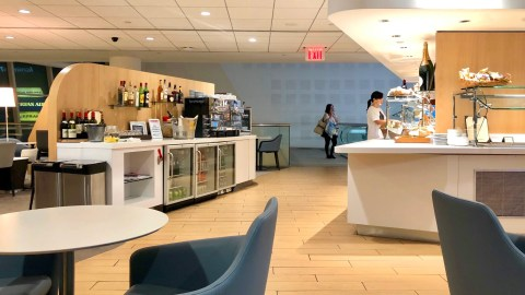 Best Priority Pass lounges in the USA - The Points Guy
