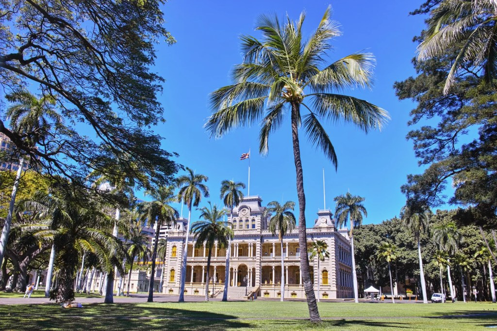 7 Fun Things to Do on a Rainy Day in Honolulu
