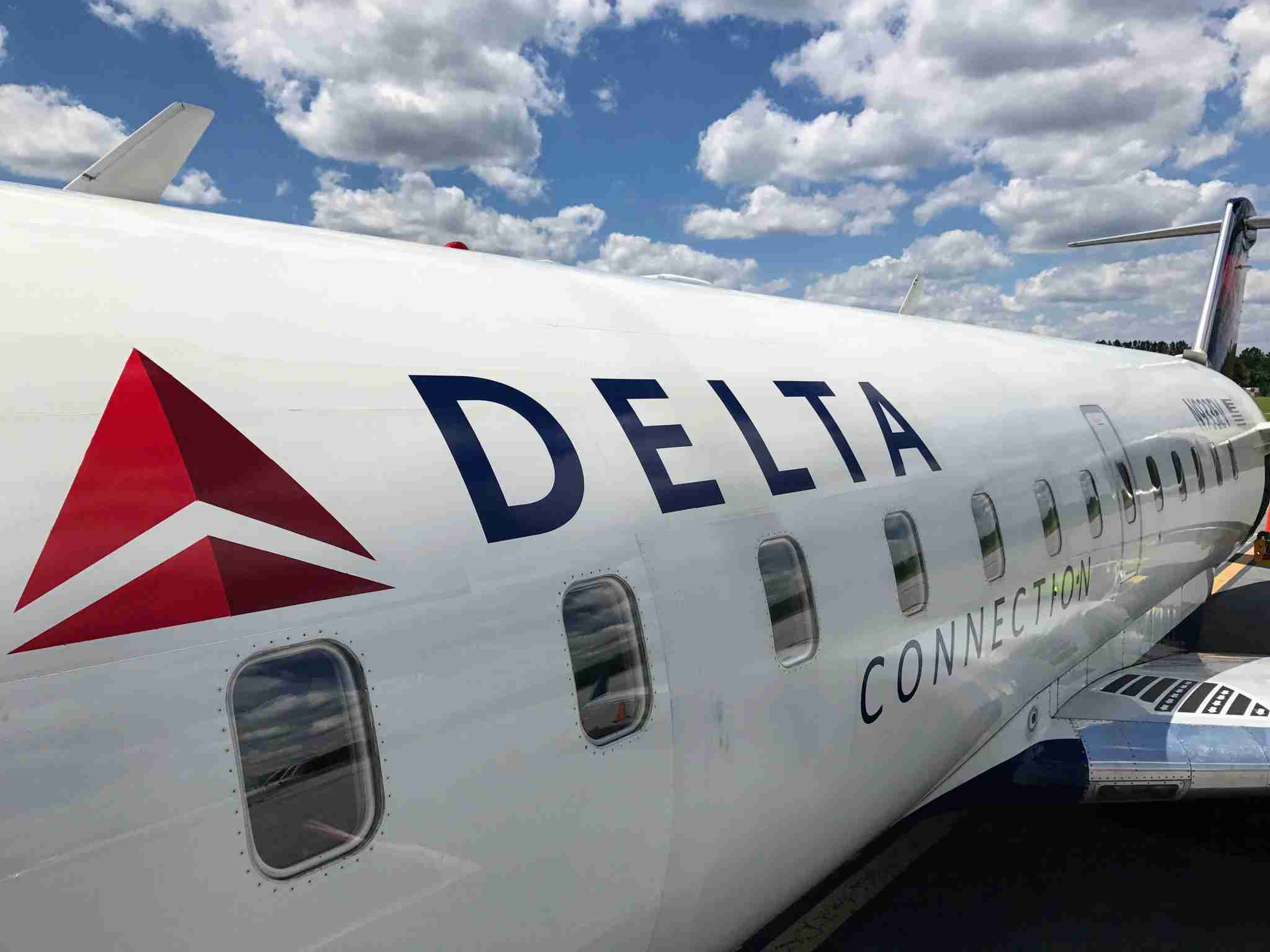 In past years, ExpressJet operating Delta Connection routes with a fleet of CRJ200 aircraft (Photo by Darren Murph / The Points Guy)