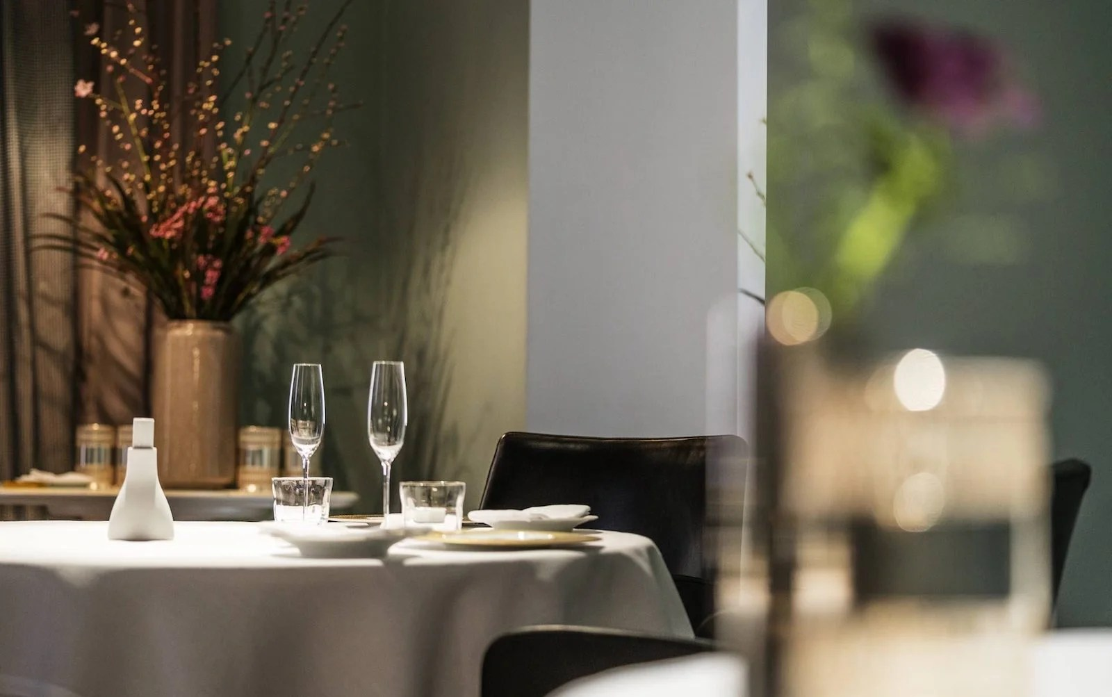 8 Tips for Scoring Reservations at the World's Most Popular Restaurants