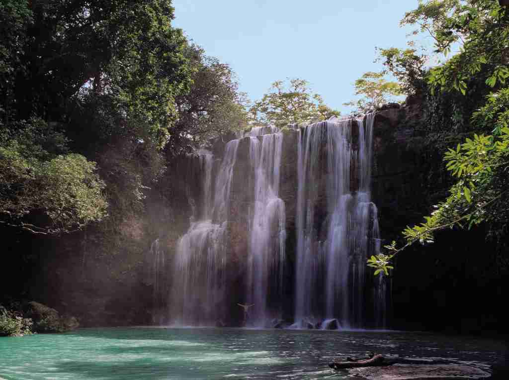 Many beautiful waterfalls can be found in Costa Rica