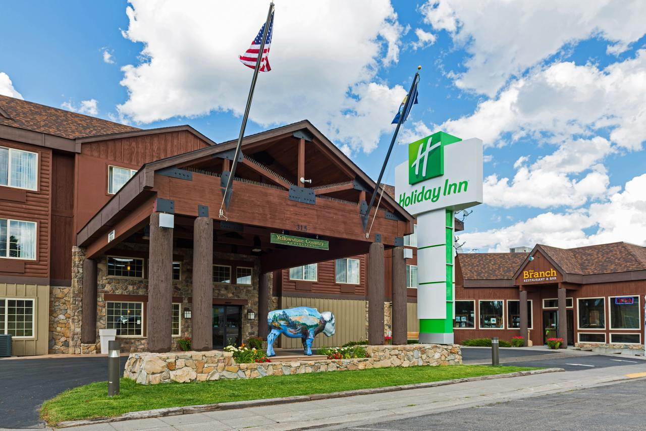 Holiday Inn West Yellowstone, photo courtesy of the hotel