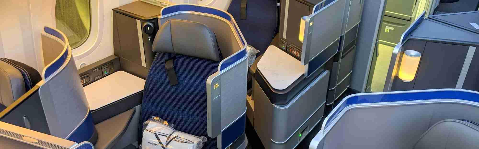 United 787-10 Polaris Review