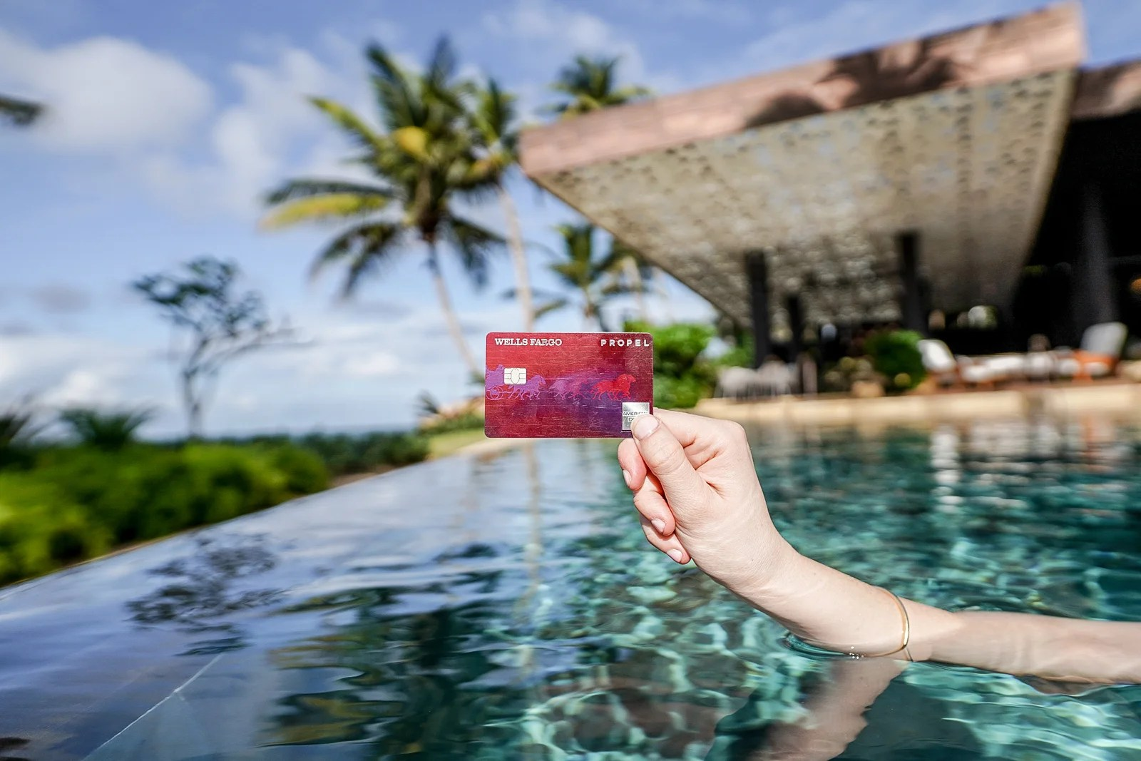 The Best Credit Cards for Young Professionals